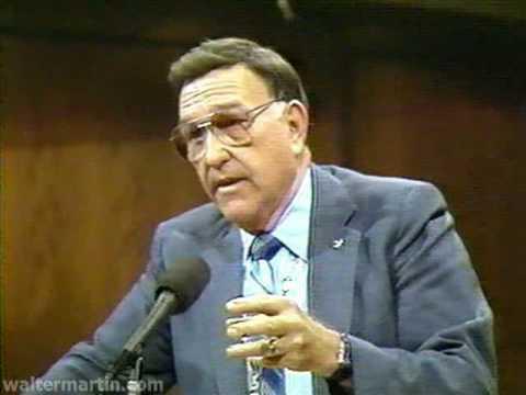 """უოლტერ მარტინი – დისპუტი """"იეჰოვას მოწმეებთან"""""""